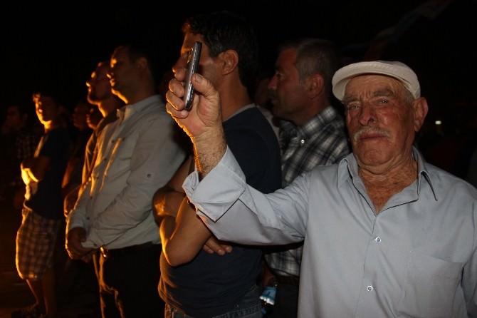 Bakan Zeybekci'den Gece Mitingi