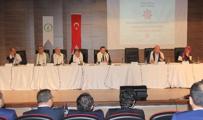 'Yeni Demokratik Anayasa Temelli Başkanlık Sistemi Paneli' Düzenlendi