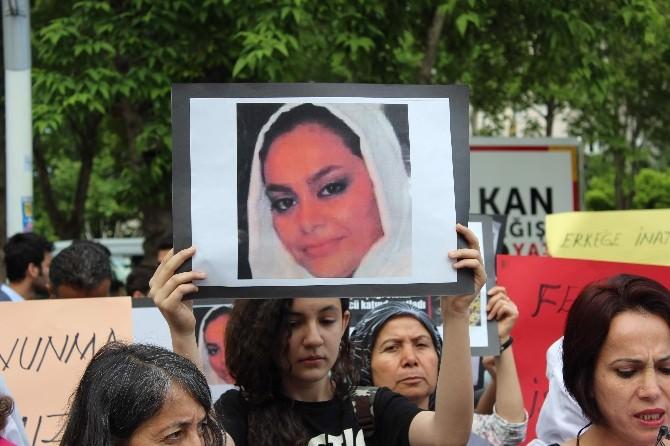 Kadınlar, İran'da Ki İntihar Olayıyla İlgili Açıklama Yaptı