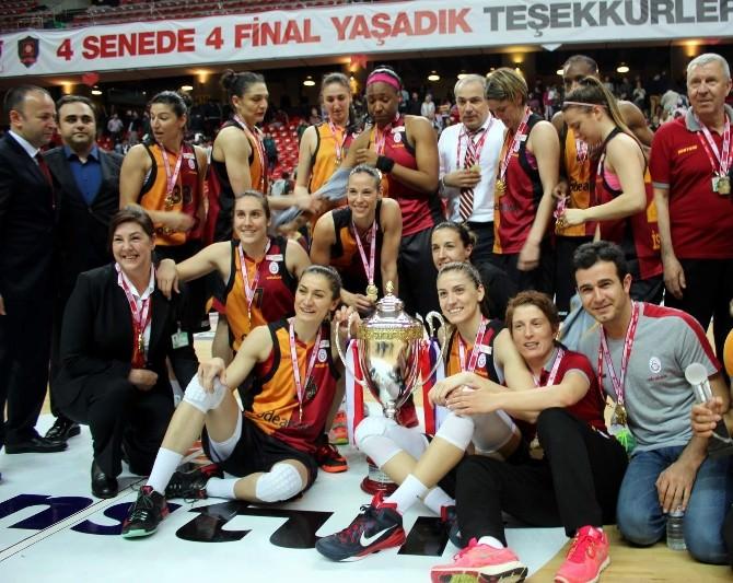 Kadınlar Basketbol Ligi'nde Şampiyon Galatasaray Odeabank