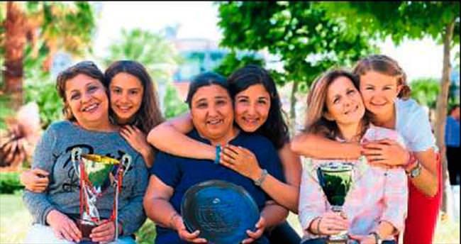 Türkiye şampiyonu yetiştiren anneler