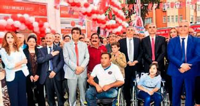 MHP adaylarının seçim ofisi açılışı