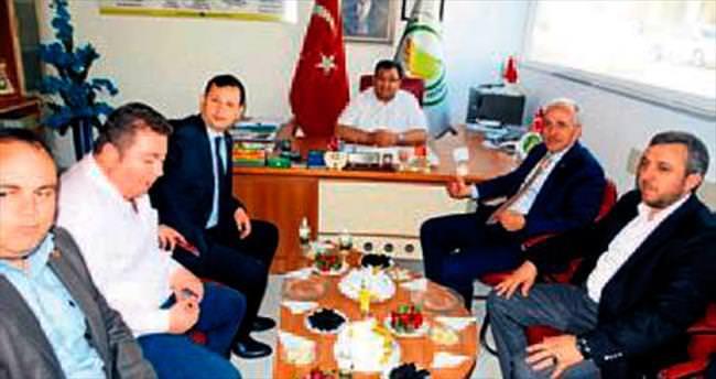 Mustafa Gültak esnafla buluştu