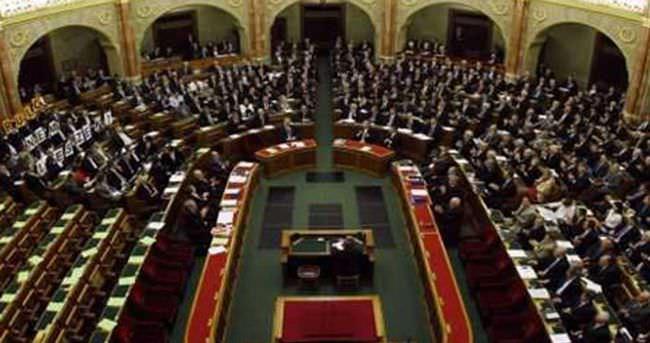 İngiliz parlamentosuna 13 Müslüman milletvekili seçildi