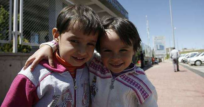 Küçük Rabia ablasına hayat verdi