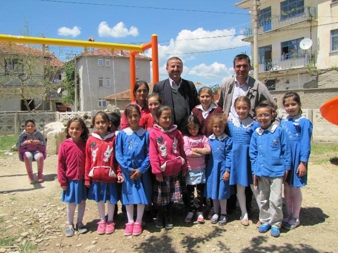 Hisarcık'ta 12 Köye Çocuk Oyun Parkı