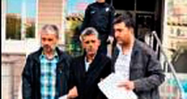 Eşini bıçaklayan koca tutuklandı
