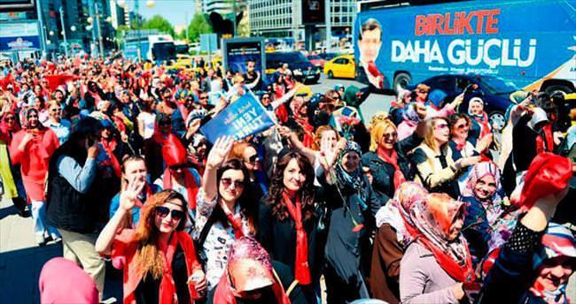 AK Partili kadınlardan 'Anneler Günü' yürüyüşü