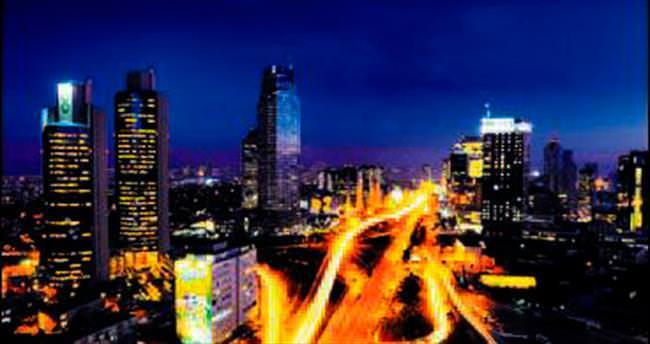 24 saat yaşam için ışıl ışıl İstanbul