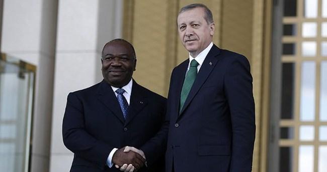 Cumhurbaşkanı Erdoğan Ondimba'yı resmi törenle karşıladı