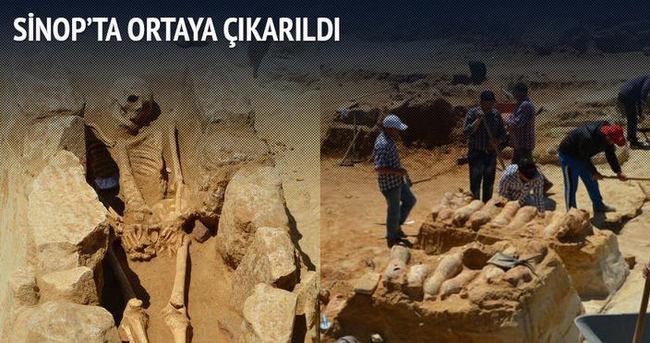 2 bin 500 yıllık antik mezarlık ortaya çıktı!