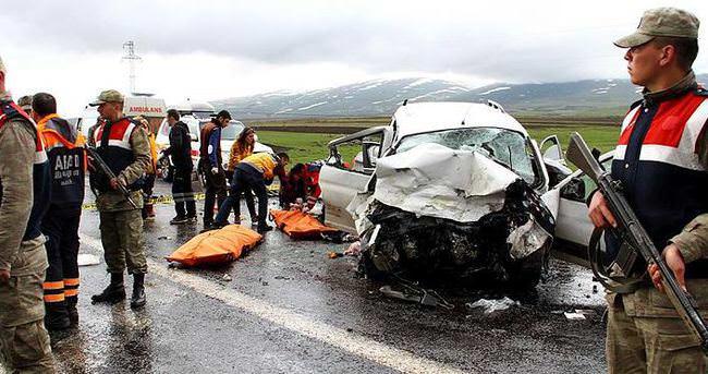 Kars- Ardahan karayolunda kaza: 6 ölü
