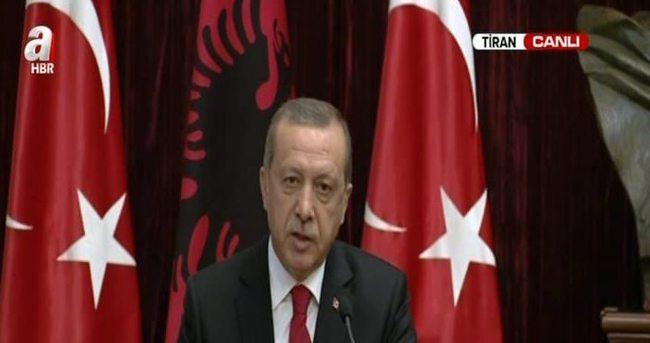 Erdoğan ve Nişani ile ortak basın toplantısı düzenledi