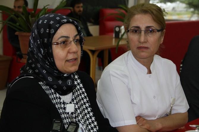 Erzincan'da Yılın Hemşiresi 35 Yıldır İzin Almayan Kutan Oldu