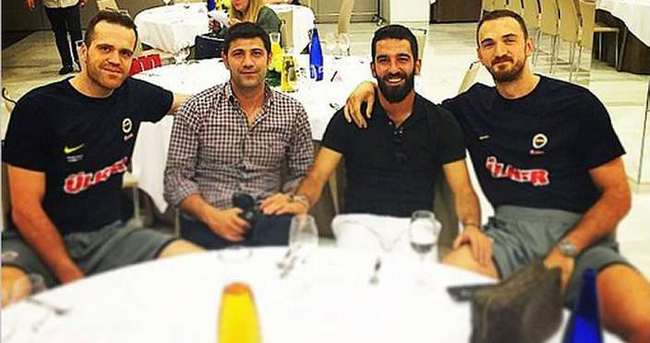 Arda Turan, Fenerbahçe kampında!