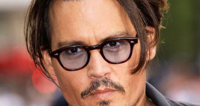 Jonny Depp'in köpeği için ölüm kararı