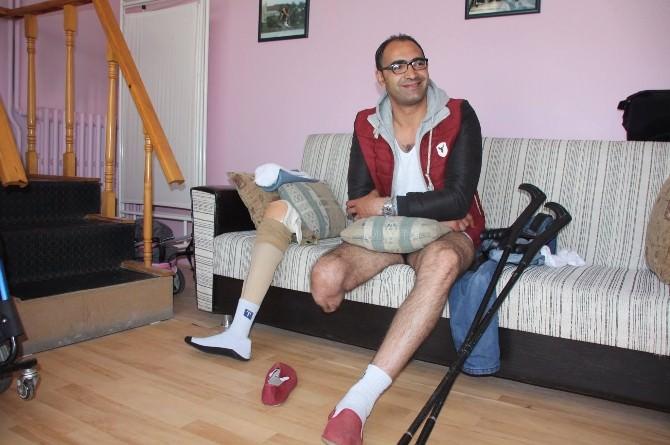 Filistinli İki Sporcuya Protez Bacak