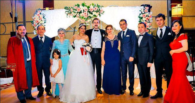 Bursalı genç işadamından Hilton'da görkemli düğün