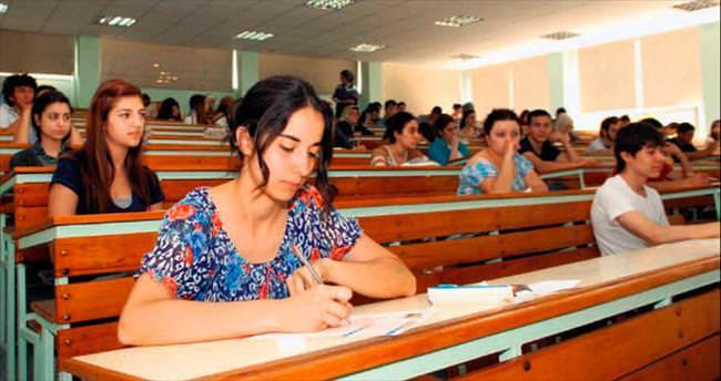 Bu yıl 801 bin kişi üniversiteli olacak