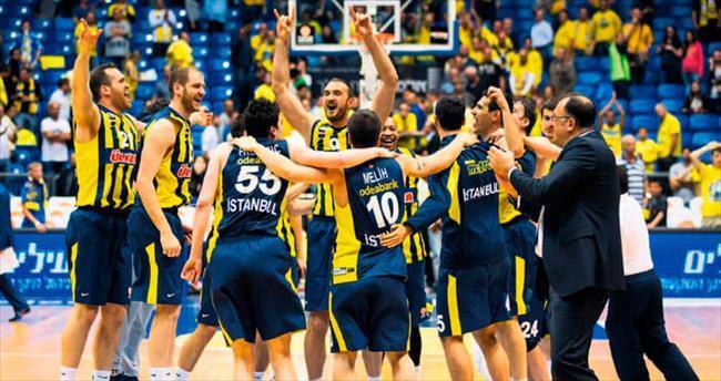 Sahne senin Fenerbahçe