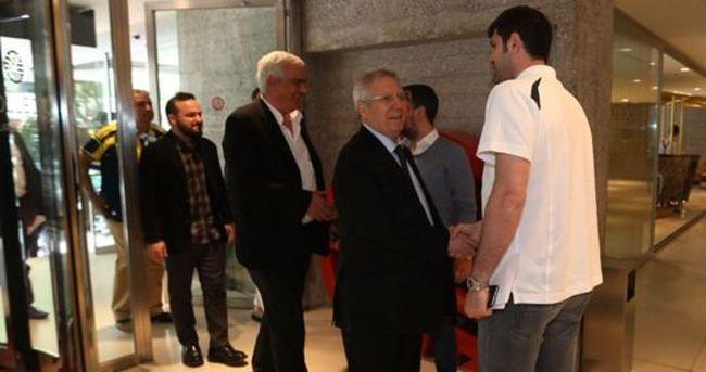 Aziz Yıldırım'dan Madrid çıkarması