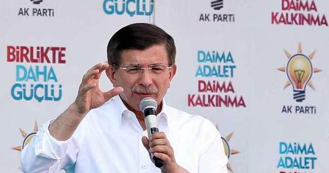 Başbakan Davutoğlu Bilecik'te halka seslendi