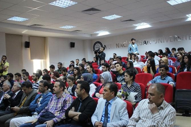 Kayserispor'un Başarılı Futbolcusu Mert Nobre Üniversite Öğrencileriyle Buluştu