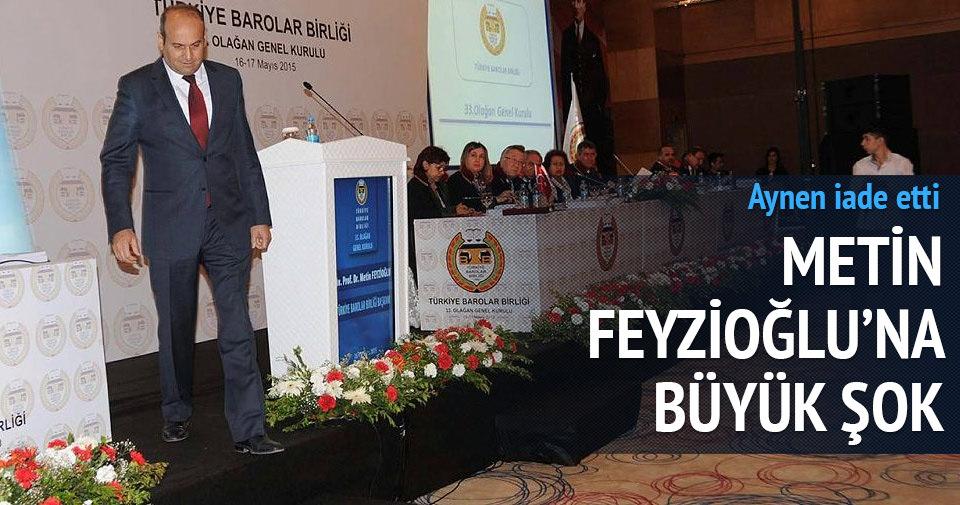 Metin Feyzioğlu'na törende büyük şok