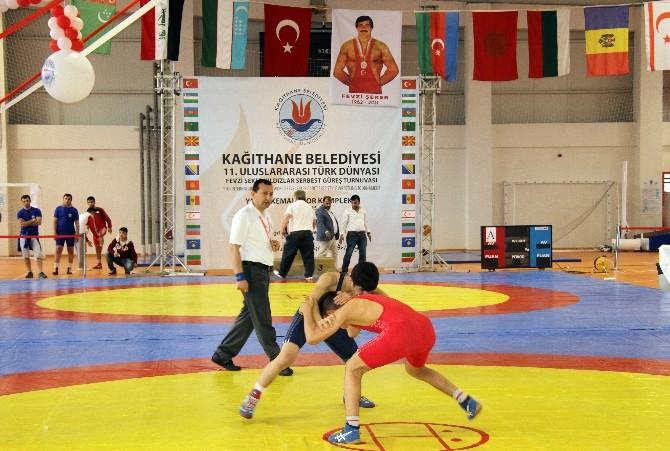 Kağıthane'de Güreş Heyecanı Başladı