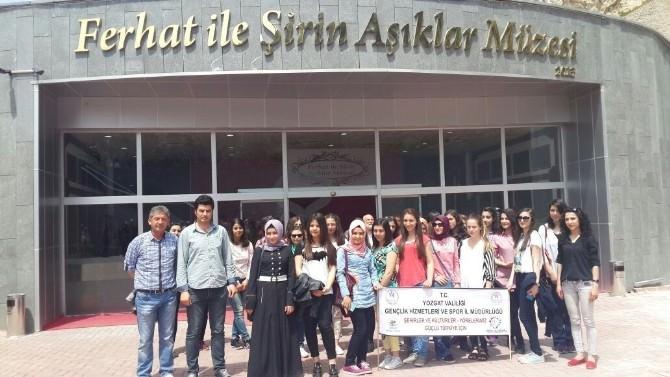 Yozgat Gençlik Merkezi'nin Şehir Tanıtım Gezileri Sürüyor