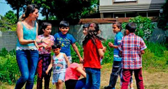 Kamp Armen'de nöbet arası piknik keyfi