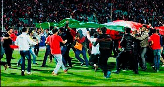 İranlılar timsaha geldi