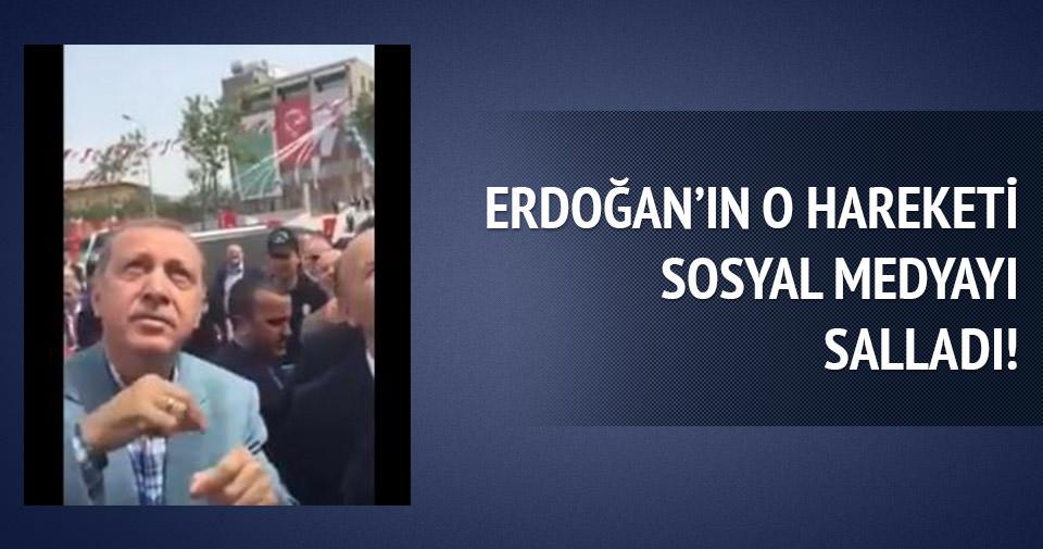 Sosyal medya Erdoğan'ın o hareketini konuştu