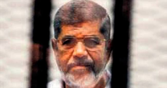 Mursi'nin idam kararına protesto