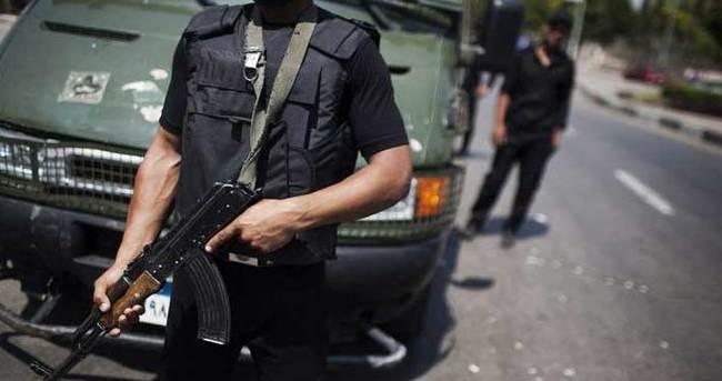 Mısır'da silahlı saldırı: 1 polis öldü