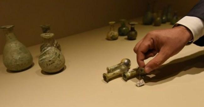 Bitlis'teki depodan 5 bin yıllık eserler çıktı