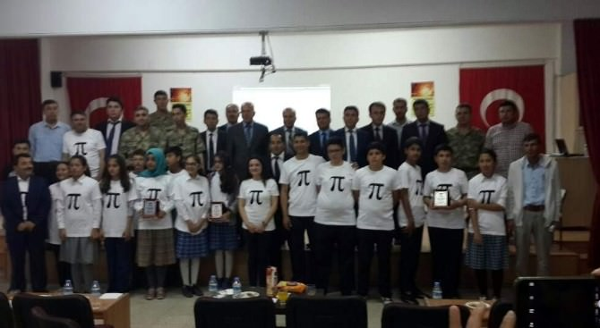 7. Sınıflar Arası Sonsuz Döngü Matematik Bilgi Yarışması Yapıldı