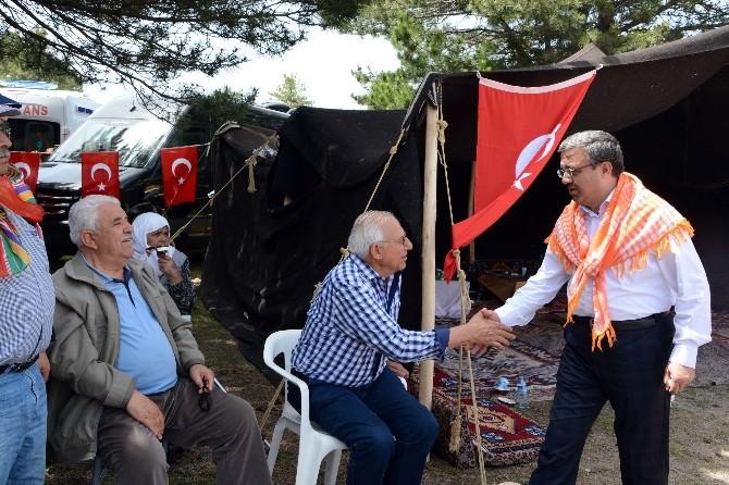 AK Parti Afyonkarahisar İl Teşkilatı Üyeleri Türk Dünyası Kültür Şölenine Katıldı