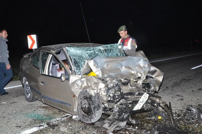 Aksaray'da Kazada Ölenler Toprağa Veriliyor