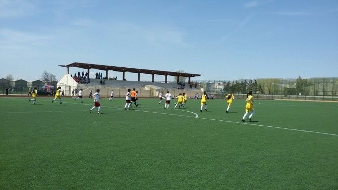 Arpaçay Ybo Kız Futbol Takımı Samsun Ekibine Penaltı Atışlarında Yenildi
