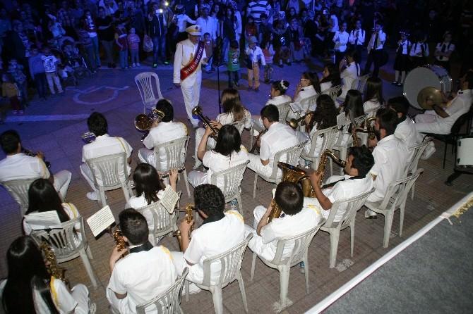 Devrek'te Düzenlenen Gençlik Konseri Büyük İlgi Gördü