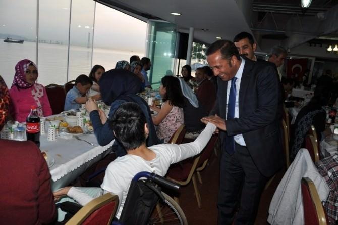 Başkan Toltar Engelli Vatandaşlarla Bir Araya Geldi
