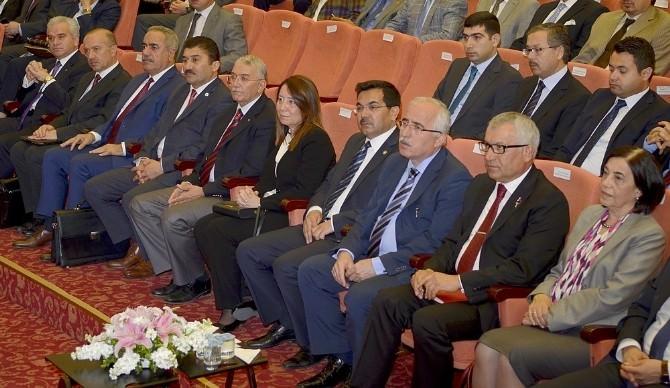"""Eskişehir'de """"Ekonomi Forumu Ve Sanayi Zirvesi"""""""