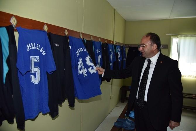Başkan Üzülmez Belediyespor'u Ziyaret Etti