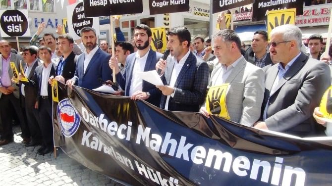 Mısır'daki İdam Kararları Bitlis'te Protesto Edildi