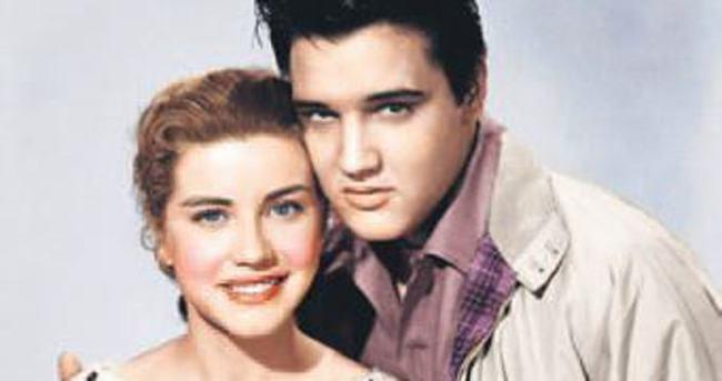 Elvis'in rol arkadaşı rahibe oldu