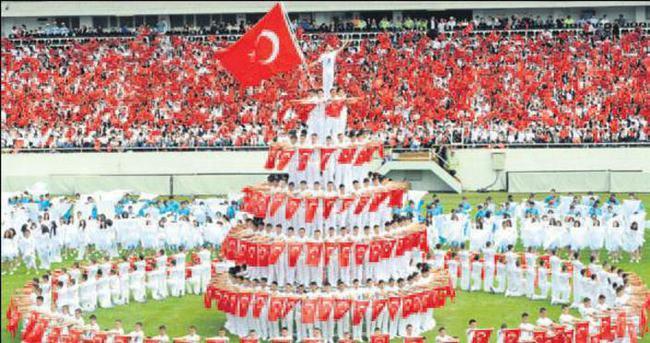 19 Mayıs'a coşkulu kutlama