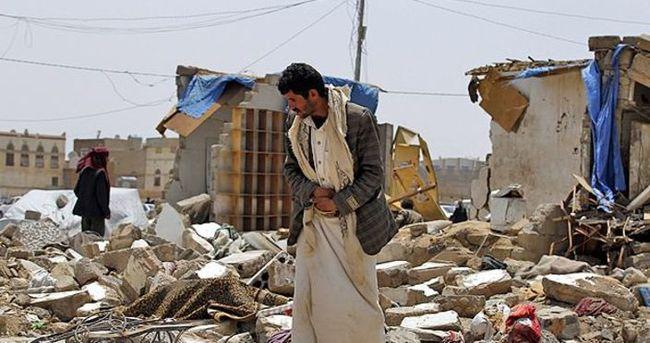 Yemen'de Husilere ait kamp vuruldu