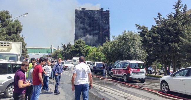 Bakü'de korkutan yangın