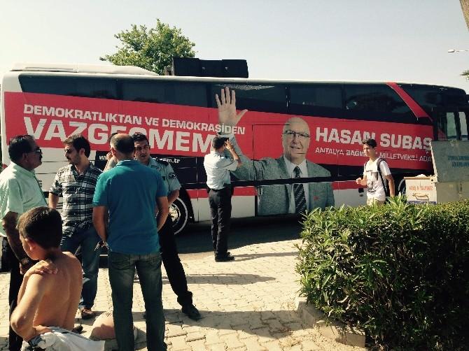 Subaşı'nın Seçim Otobüsüne Taşlı Saldırı